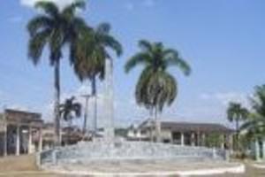 Monumneto a los mártires de La Llorona, en Cabaiguán.