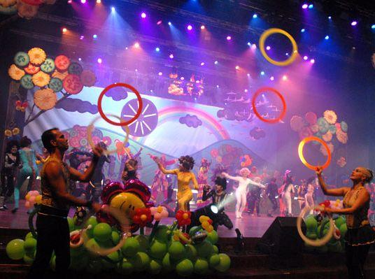 trinidad, niños y niñas, cantandole al sol, musical infantil