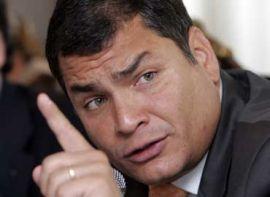 Correa calificó de impresionante el incremento de matrícula en el sistema público.