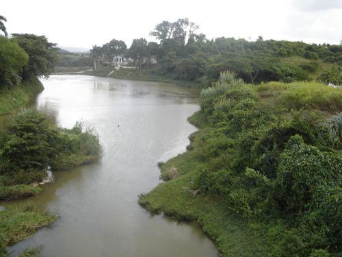 El mejoramiento de las condiciones ambientales de la cuenca del río Agabama responde a una estrategia cubana.