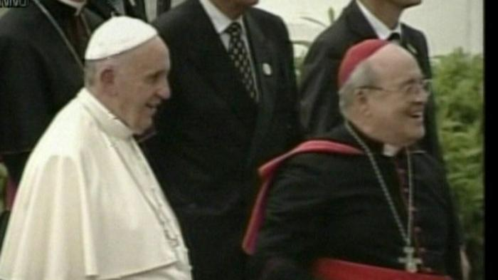 Papa Francisco junto al cardenal Jaime Ortega en la Nunciatura.