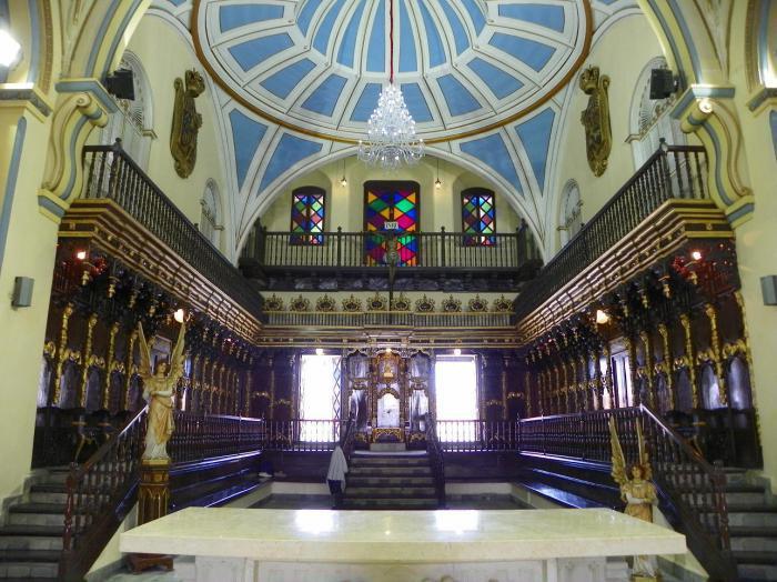 Catedral de Santiago de Cuba en espera del Papa.