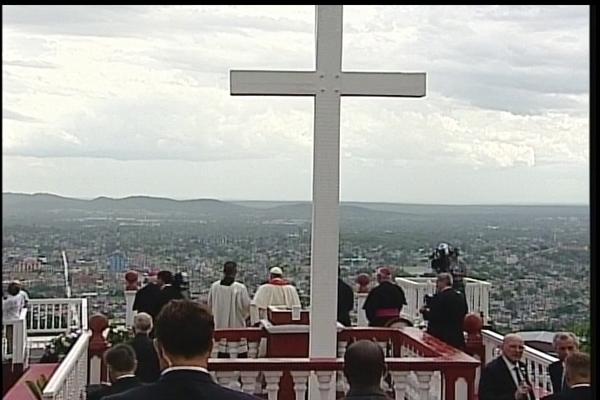 El Papa en la Loma de la Cruz. (Foto: captura de la TVC)