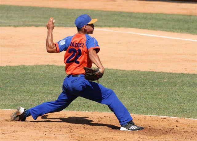 Javier Vázquez se llevó la victoria.