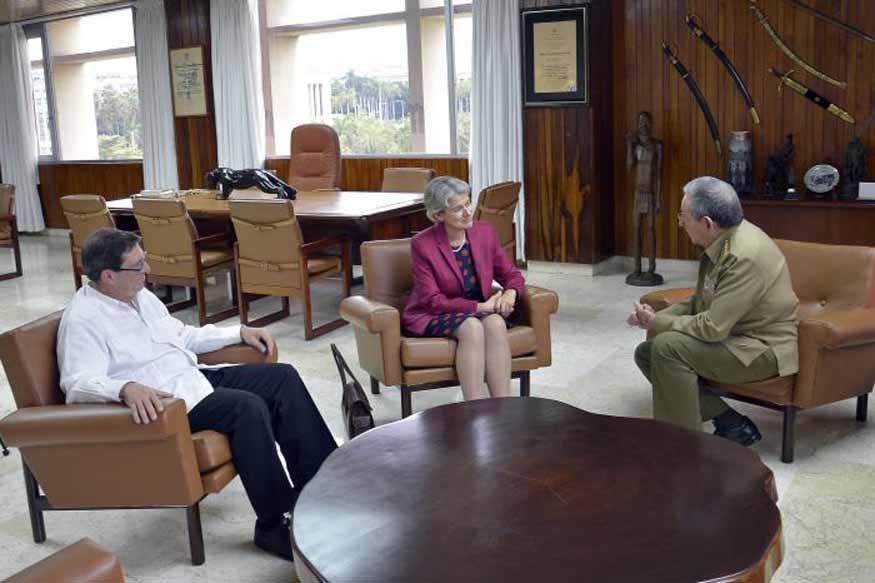 En el encuentro de Raúl y Bokova participó además el canciller cubano Bruno Rodríguez. (Foto Estudios Revolución)