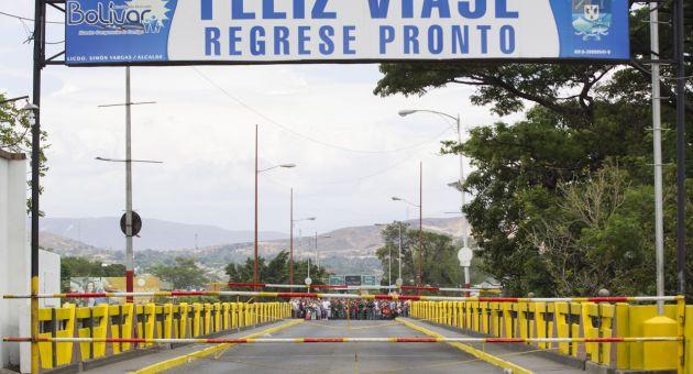 Caracas decidió cerrar pasos fronterizos con Colombia desde finales de agosto.