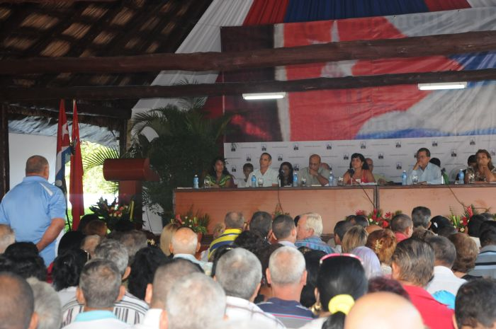 sancti spiritus, asamblea municipal de partido, partido comunista de cuba, taguasco, produccion tabacalera, produccion cañera