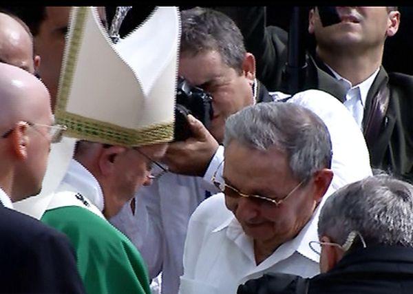 cuba, papa francisco en cuba, papa fracisco, plaza de la revolucion, misa, la habana, raul castro, colombia