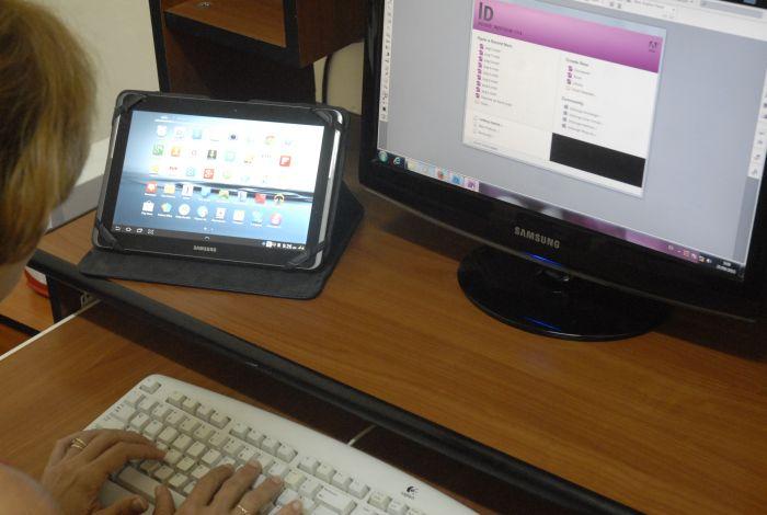 La UIC estará integrada por profesionales de ramas afines a la informática y otros con resultados en este campo. (Foto Borrego / Escambray)