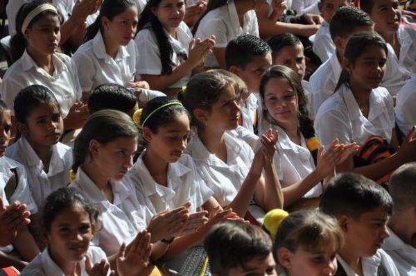 sancti spiritus, eucacion cubana, curso escolar, educacion primario, enseñanza especial, secundaria basica, universidad