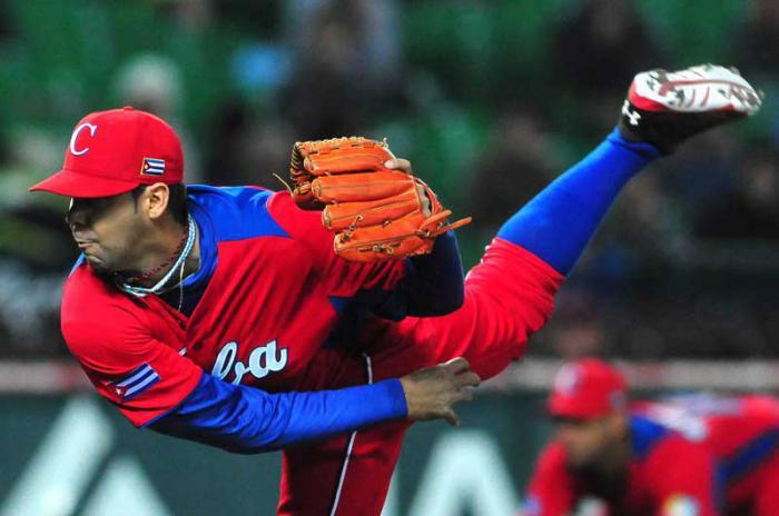 sancti spiritus, ismel jimenez, lanzador espirituano, beisbol, gallos, serie nacional de beisbol, capitales de quebec