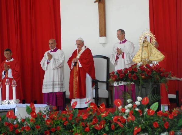 cuba, papa francisco en cuba, papa francisco, holguin, misa, santa misa, raul castro, vaticano