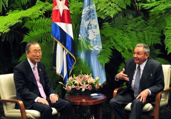 Durante el encuentro, el titular de la ONU elogió el importante de papel de Cuba como anfitrión y facilitador de las negociaciones para la paz en Colombia. (Foto Archivo)