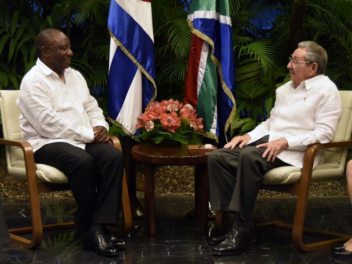 Raúl recibió a Cyril Ramaphosa, quien  realiza una visita oficial a Cuba.
