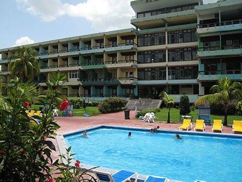 sancti spiritus, hotel zaza, grupo hotelero islazul, turismo cubano