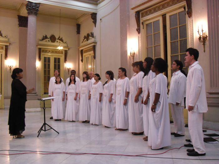 Hace cuatro años Digna Guerra se presentó en Sancti Spíritus junto al coro Entrevoces. (Foto: Blog Cultura espirituana)