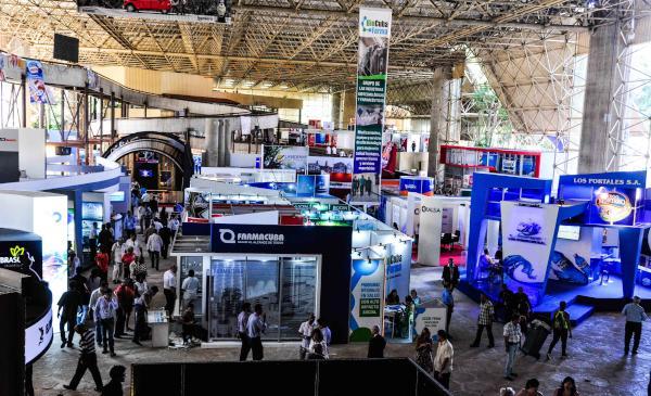 Alrededor de una treintena de compañías norteamericanas participan en Fihav 2015. (Foto ACN)