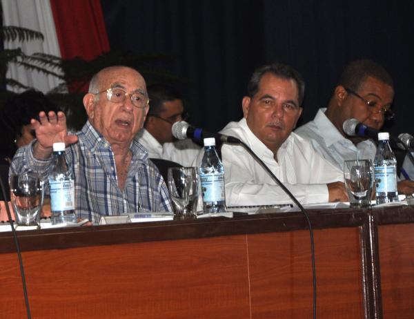 Machado Ventura, Segundo Secretario del Partido, presidió la Asamblea Provincial del PCC en Sancti Spíritus. (Foto Oscar Alfonso)