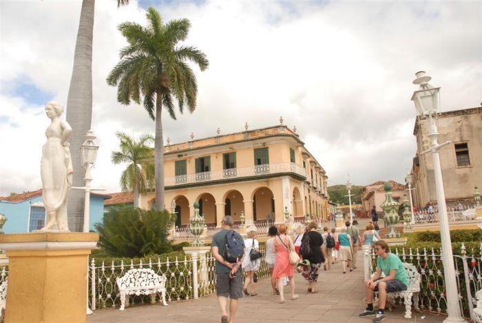En temporada alta Trinidad puede recibir hasta 10 000 turistas en un día. Foto: Vicente Brito