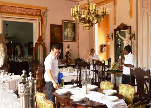 Trinidad constituye una de las regiones con mayor densidad de hostales, paladares y cafeterías de Cuba. Foto: Carlos Luis Sotolongo Puig.