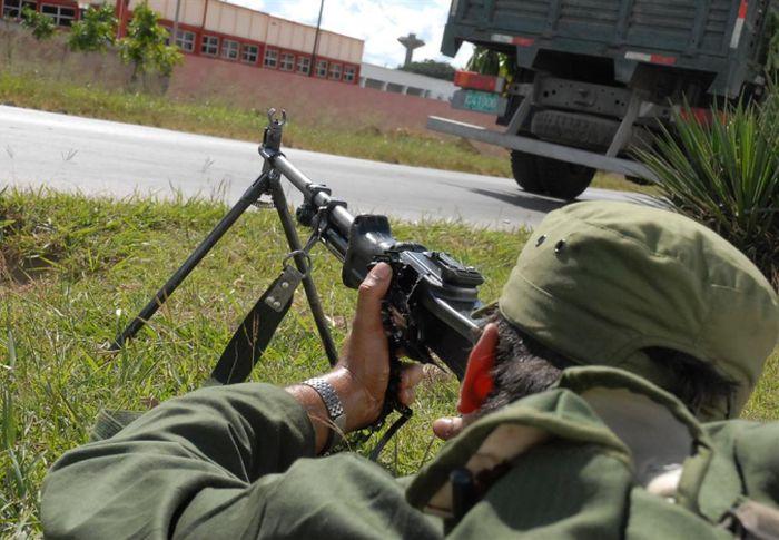 Durante la jornada se llevaron a cabo ejercicios de tiro. (Foto: Vicente Brito)