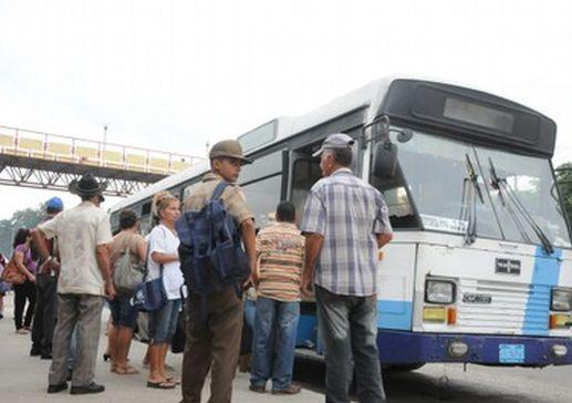 sancti spiritus, transporte terrestre, transporte urbano, pasajeros, innovadores