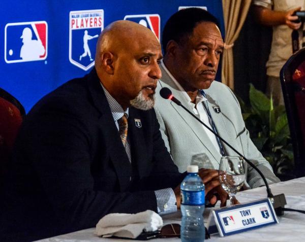 La meta de la MLB y del Sindicato es negociar un sistema seguro y legal para insertar a jugadores cubanos en Grandes Ligas, afirmó Clark. (Foto ACN)