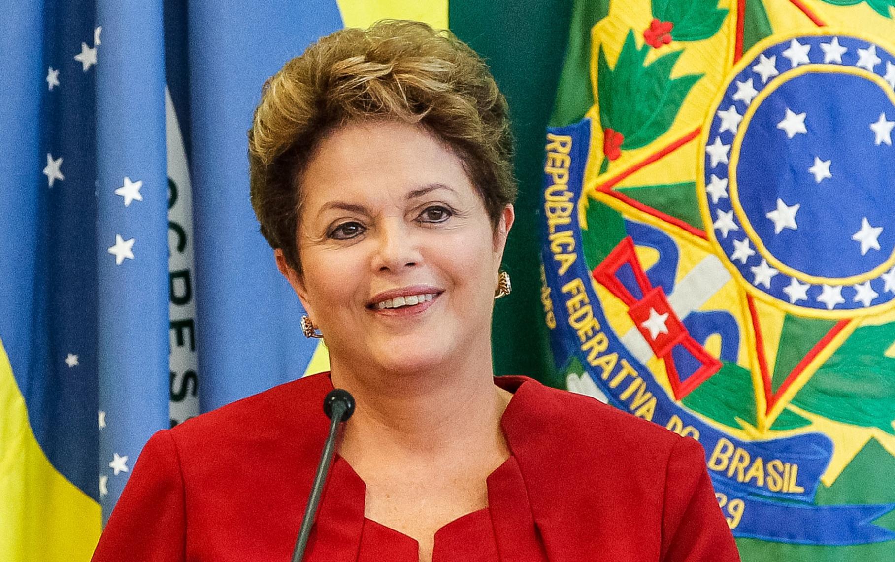 La presidenta brasileña sostiene que solo hay un sector ansioso de tomar el poder y no a través del voto popular.