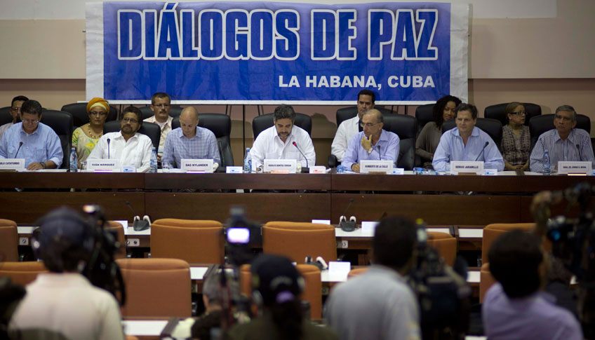 La intención es instalar a partir de ahora una suerte de cónclave permanente, una mesa de la que no se levantarán hasta firmar la paz.