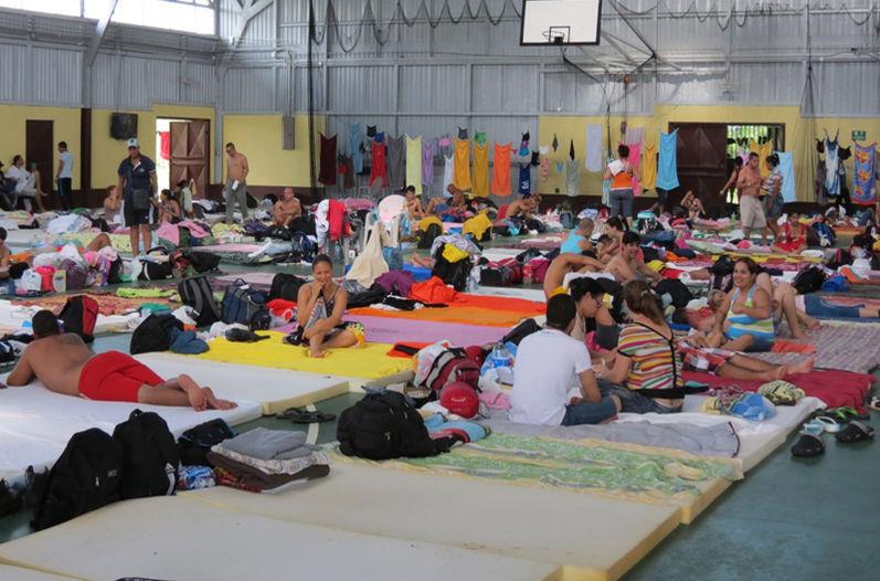 Cubanos esperan en Costa Rica por desenlace de crisis migratoria. (Foto: La Nación)