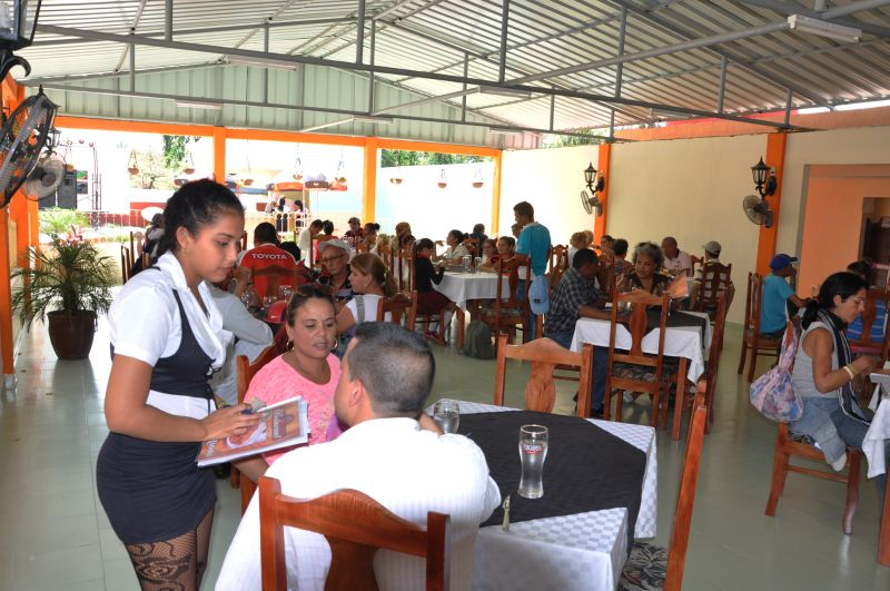 El bloqueo a Cuba incide en la gastronomía y los servicios