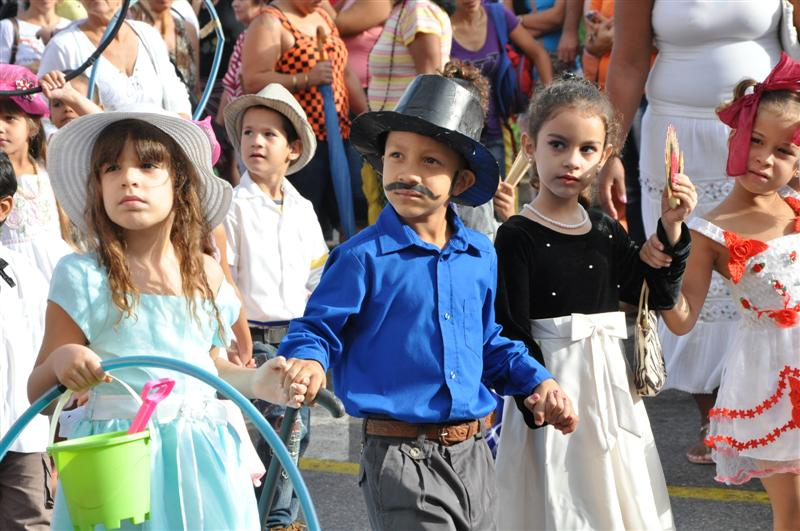 sancti spiritus, desfile martiano, jose marti, niños