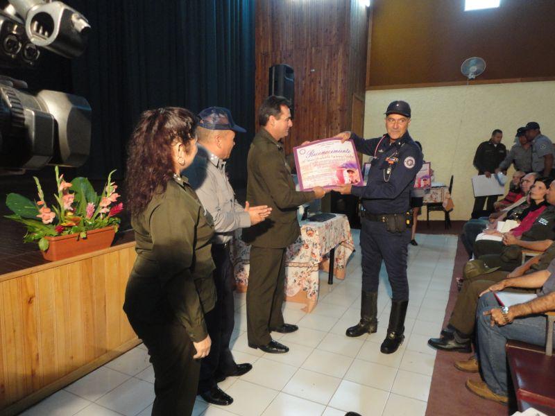 sancti spiritus, policia nacional revolucionaria, ministerio del interior, pnr, minint, transito