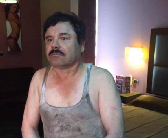 """Primera imagen del narcotraficante Joaquín """"El Chapo"""" Guzmán filtrada a medios locales tras su recaptura. (Foto: STREFE)"""