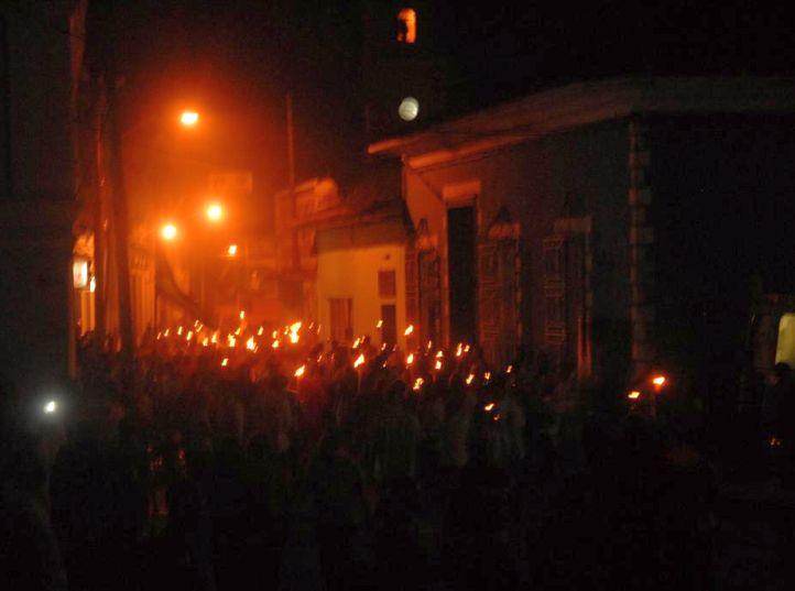 sancti spiritus, marcha de las antorchas, desfile martiano, jose marti