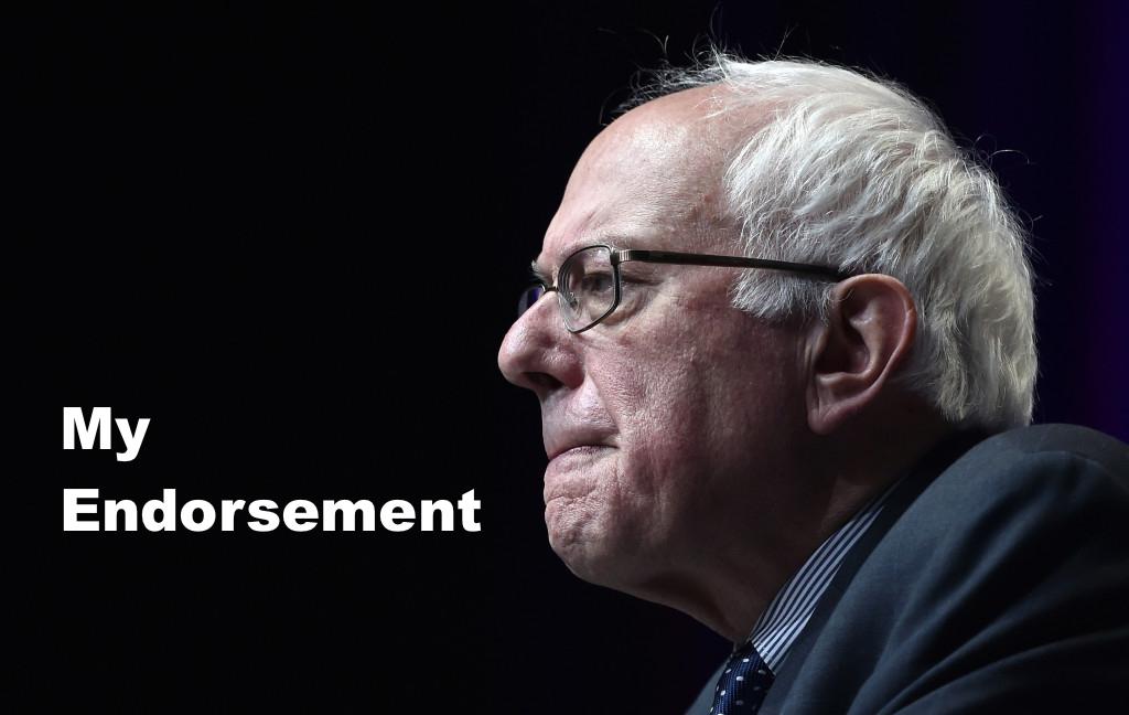 Michael Moore publicó en su blog su apoyo explícito a Bernie Sanders (Foto: AP).