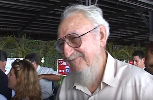 Por los servicios prestados Ramón Castro recibió distintos reconocimientos y ostentaba el título de Héroe del Trabajo de la República de Cuba.