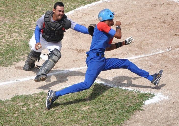 sancti spiritus, serie provincial de beisbol, serie nacional de beisbol, los gallos