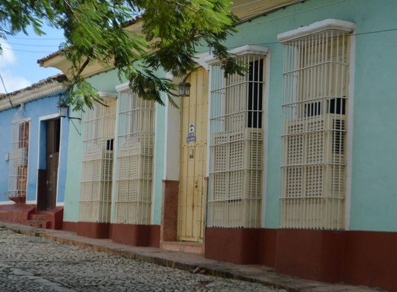 sancti spiritus, hostales en trinidad, turismo no estatal, banco