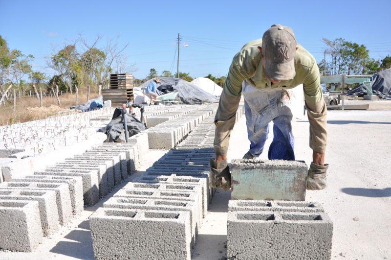 Industrias locales en Camagüey apuestan por más materiales de la construcción