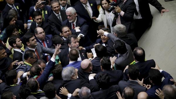 El juicio político contra Rousseff es considerado un golpe contra la mandataria elegida democráticamente. (Foto: Reuters)