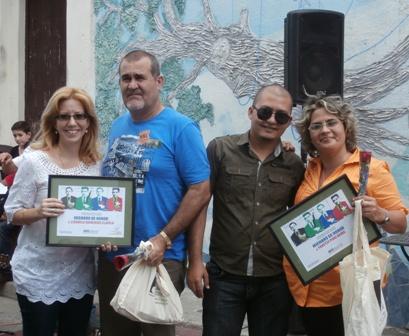 Las escritoras espirituanas Liudmila Quincoses y Yanetsy Pino Reina recibieron la condición de Miembros de honor de la AHS.