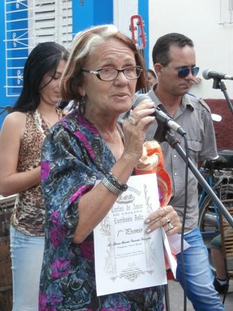 Rosa María García participó en el concurso motivada por sus alumnos del Taller literario de Cabaiguán.