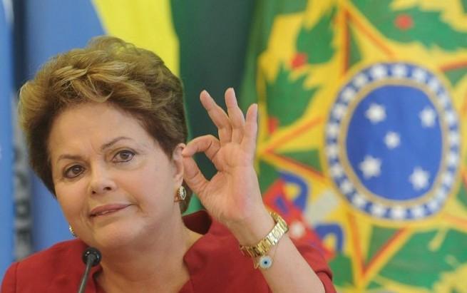 El proceso de juicio político es una injusticia contra la democracia y los 54 millones de brasileños que me respaldaron con sus votos, remarcó Dilma.