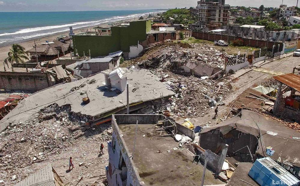 Vista aérea de Pedernales , una de las ciudades más afectadas del Ecuador.