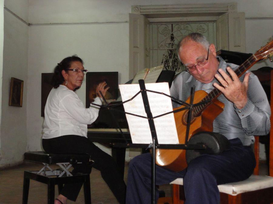 Sancti spiritus, mucica cubana, laud, tres, duo amanecer, isa