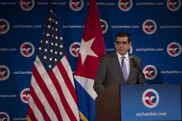 Las relaciones entre Cuba y Estados Unidos resultarán el tema central a aborar por el embajador José Ramón Cabañas. (Foto Ismael Francisco)