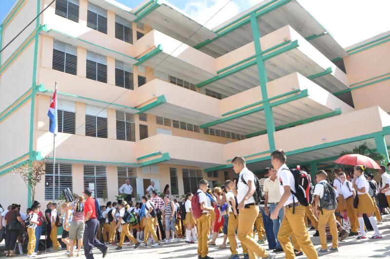 Las trasformaciones acometidas desde el pasado curso en secundaria básica se han materializado en la mayoría de los centros.