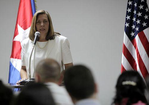 Josefina Vidal precisó que el diferendo con EE.UU., difícil y complejo, data de antes del primero de enero de 1959.