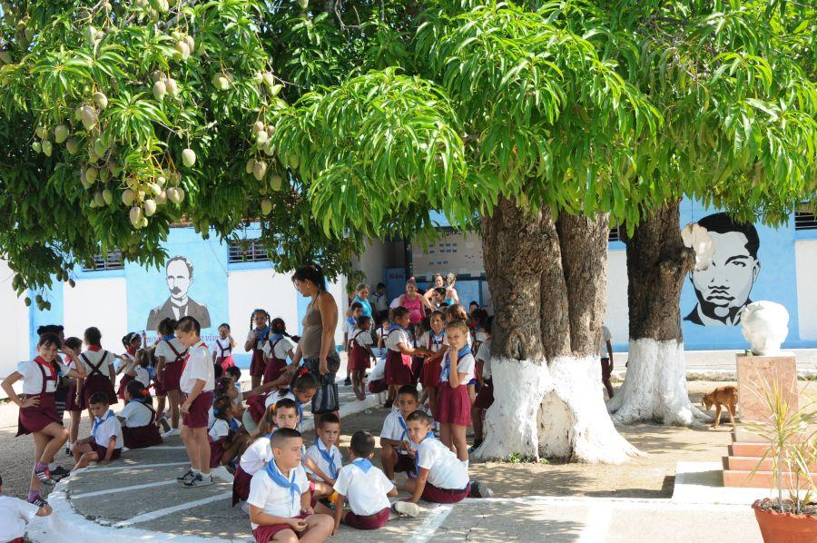 La escuela primaria de Paredes fue totalmente reparada.